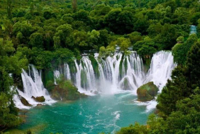 Водопад Кравице в Боснии