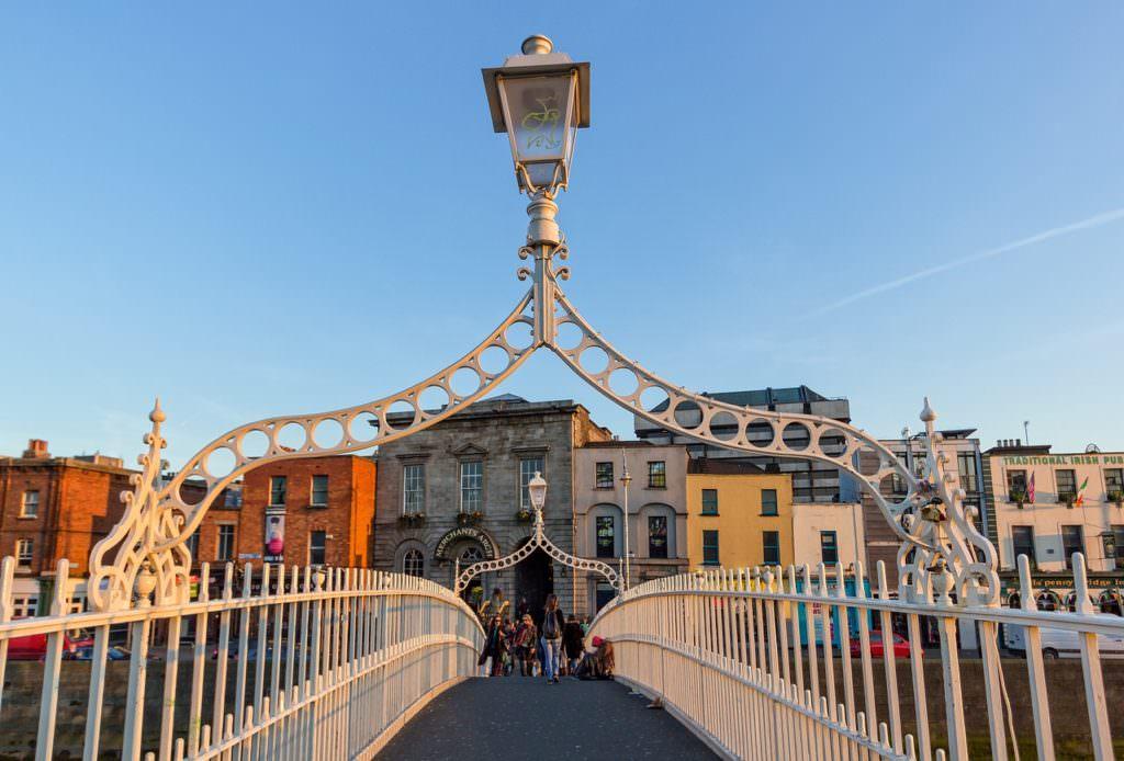 Мост в Дублине Ирландия